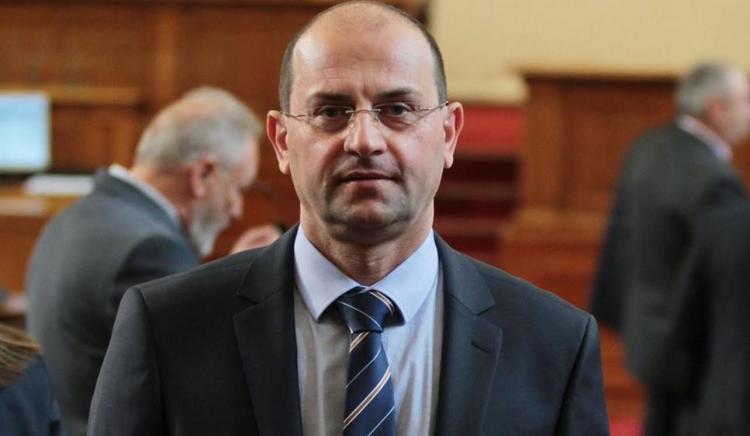 Румен Георгиев от БСП към Каракачанов: Кога гражданите ще имат свободен достъп до парка на резиденция